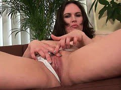 Cock hardening mom gives...